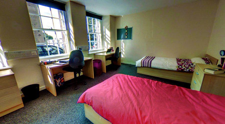 University Room Decoration Uk